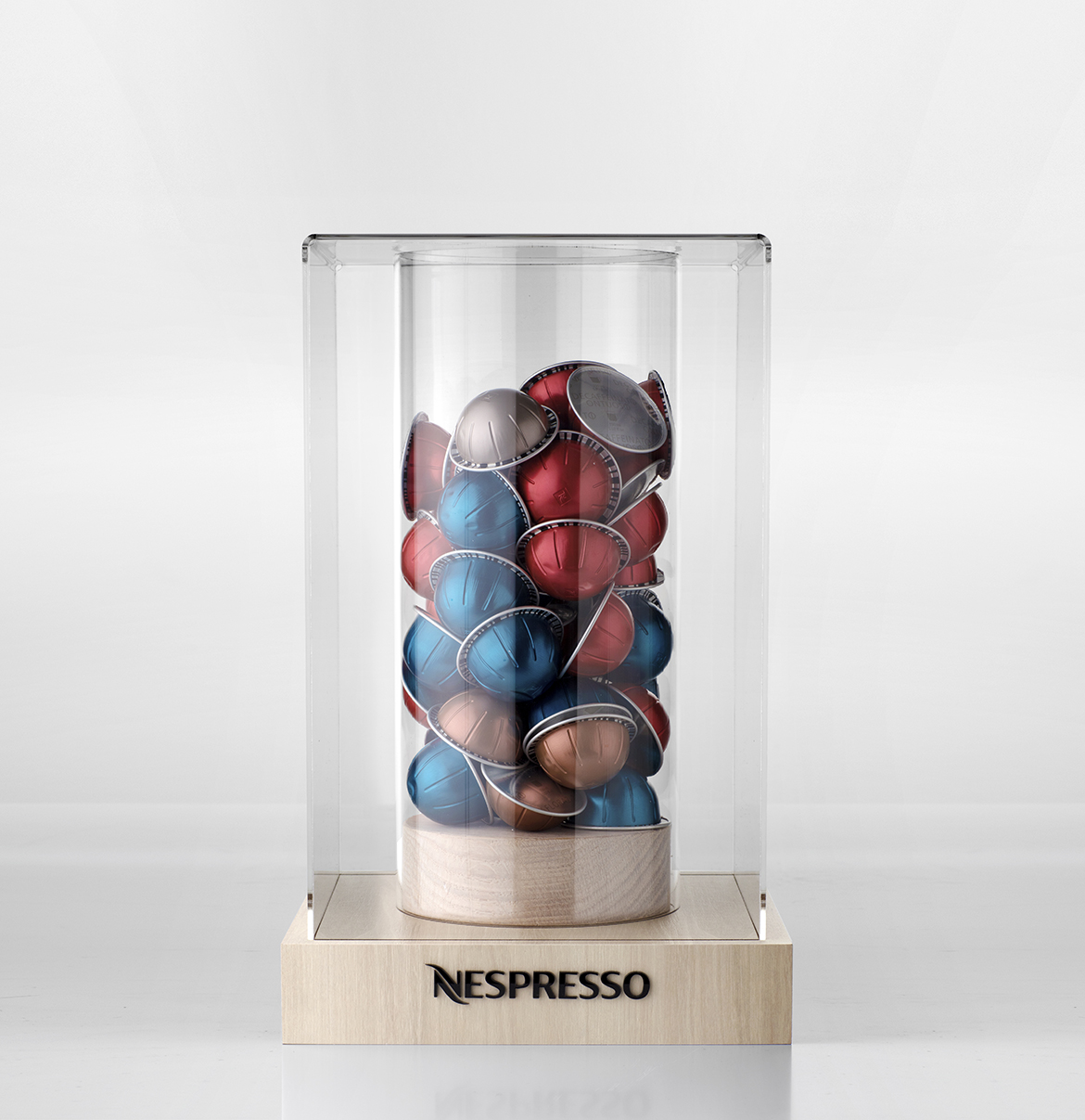Nespresso_display case1